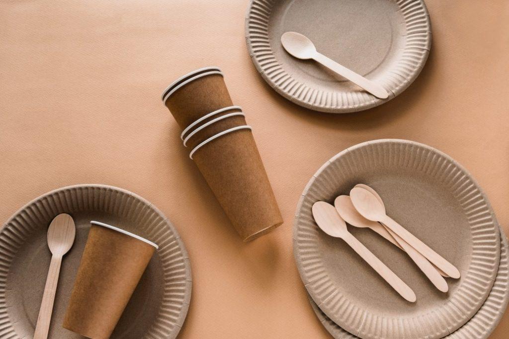 Oferta z ekologicznymi jednorazowymi naczyniami